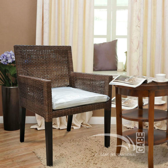 ID01570---ARM-CHAIR-RATTAN-YOSHIK_1
