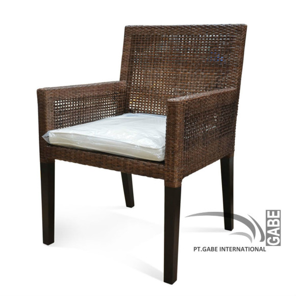 ID01570---ARM-CHAIR-RATTAN-YOSHIK_3