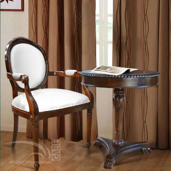 ID01618---LOUIS-OVAL-ARM-CHAIR_1